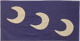 Three Cresent Moon Flag